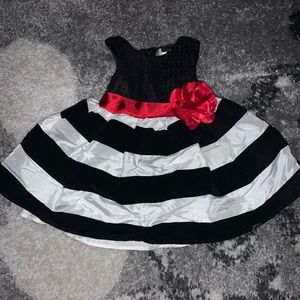 Baby Girl 3/6 month black and white striped dress